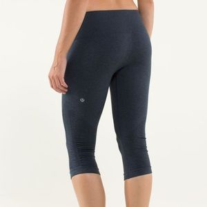 Lululemon | In The Flow Crop Heathered Inkwell 6